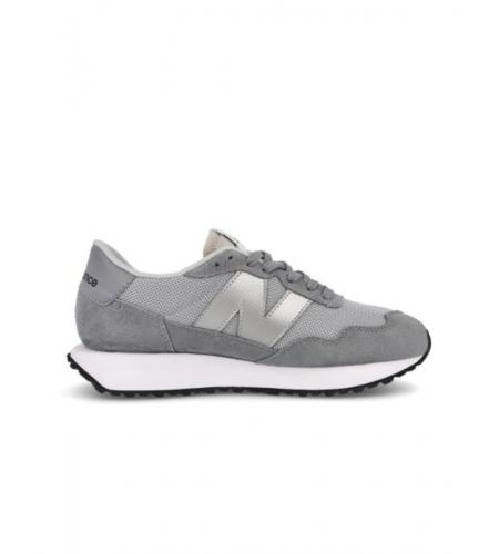 Sneakers_Simple Caracters_New Balance_WS 237 CD